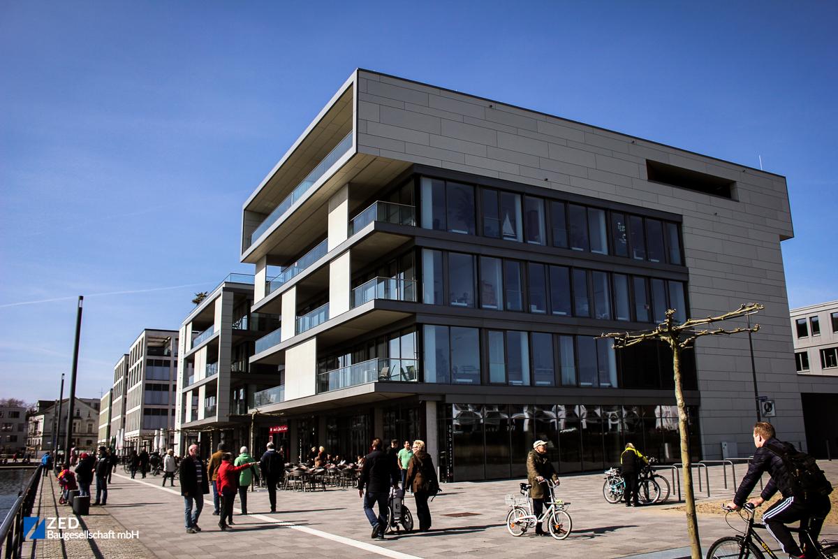 Referenzen - Vorderansicht des S.E.A. House am Dortmunder Phönixsee
